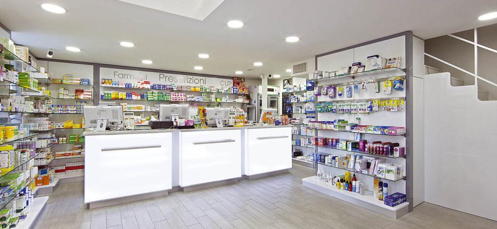 Come arredare una farmacia qualche consiglio da un for Arredamento parafarmacia usato