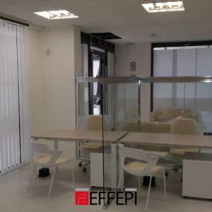 pareti divisorie in vetro