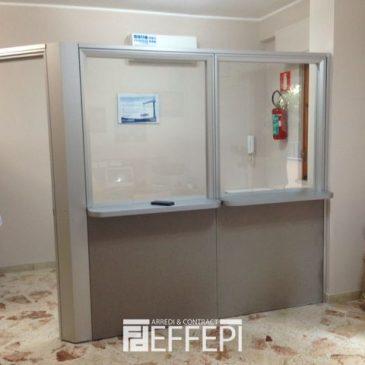 Fornitura pareti divisorie per studio dentistico